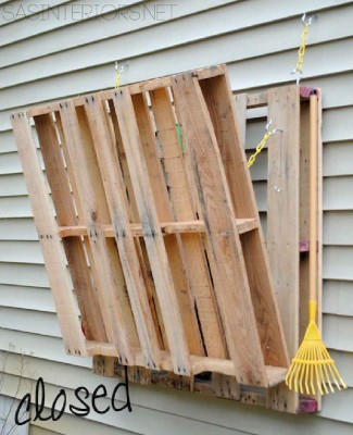 ... DIY pallet folding table? Do you want to look for more DIY pallet