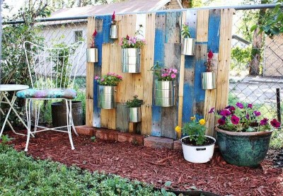 How to make a nice garden with pallets 9