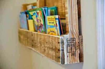 How to make a pallet magazine rack 4