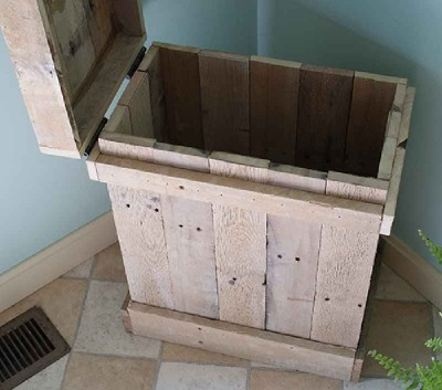 How to make a side table and a decorative box with pallets 2 400x353 How to make a side table and a decorative box with pallets
