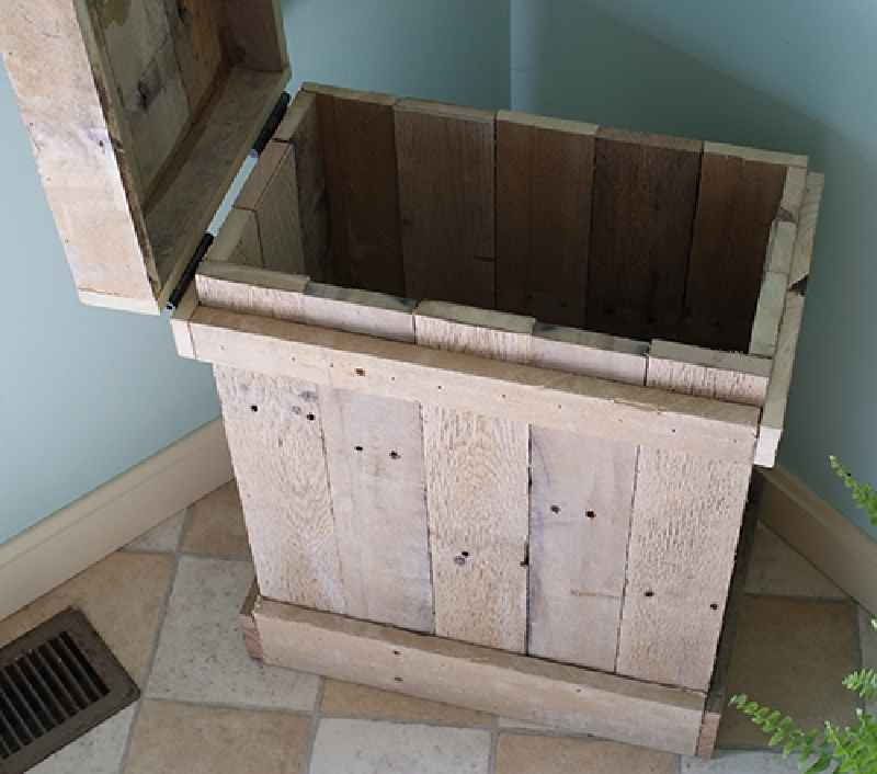 Decorative Boxes How To Make : How to make a side table and decorative box with pallets