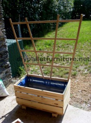 The planter of Manou made ​​with pallets 3 298x400 The planter of Manou made ​​with pallets