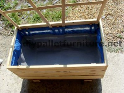 The planter of Manou made ​​with pallets 4 400x300 The planter of Manou made ​​with pallets