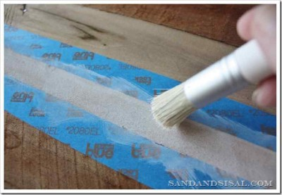 Decorate your home with a surfboard made with pallets 7