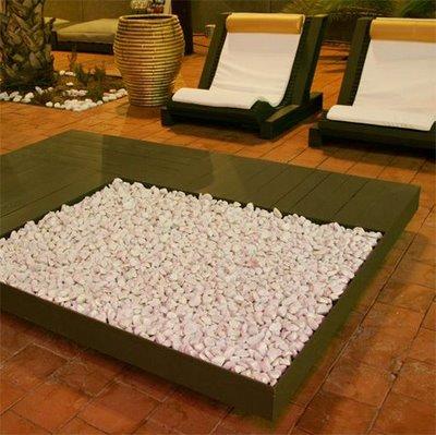 Elegant design furniture made from pallets 2