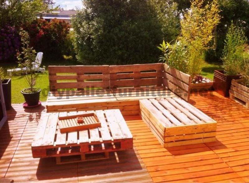 garden lounge made with pallets 3diy pallet furniture. Black Bedroom Furniture Sets. Home Design Ideas