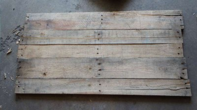 How to make a photo frame with pallets 2