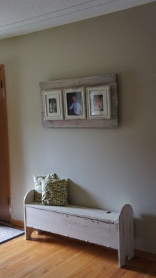 How to make a photo frame with pallets