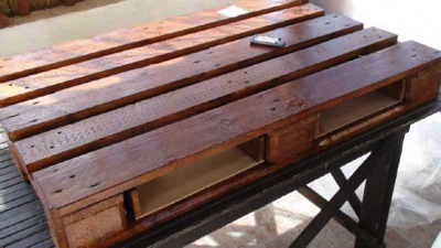 How to make a vintage coffee table 8