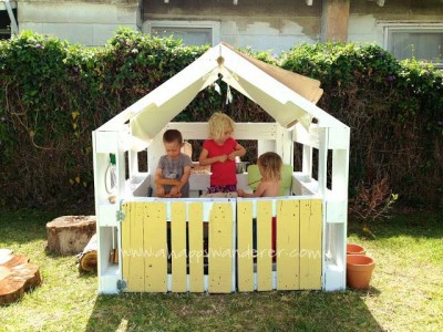 Little house for the children made of pallets