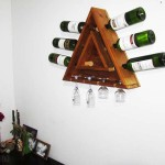 Step by step guide for making a triangular bottle rack​ with pallets