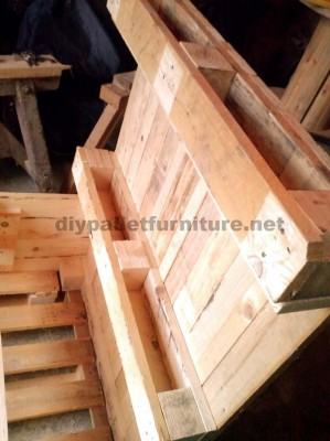 The pallet planter and urban garden with steps of Manou 2