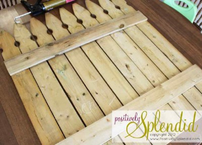 Build your own pallet fence with spring patterns