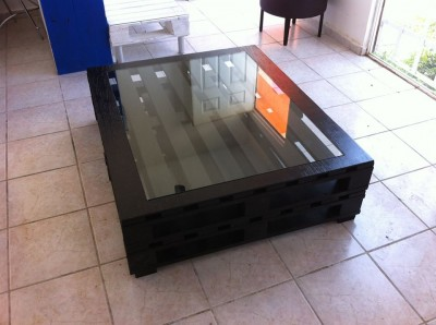Instructions of how to make an elegant table with pallets 1