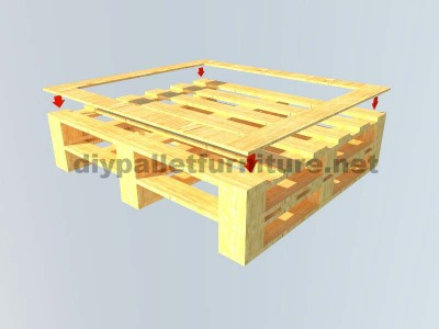 Instructions of how to make an elegant table with pallets 3