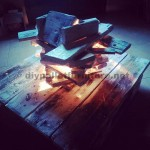 Artistic lamp made ​​with pallets