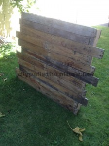 Instructions for making a bed headboard with pallets 5