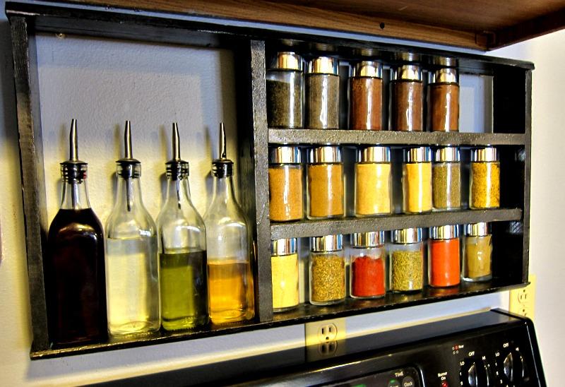 Build A Pallet Species Organizer For Your Kitchen 5diy