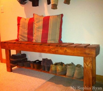 Step by step guide a bench for the hall made ​​with pallets 3
