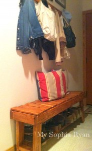 Step by step guide a bench for the hall made ​​with pallets 4