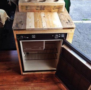 Van restored using wooden pallet tables 5