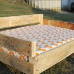 Build a pallet bed for your pets