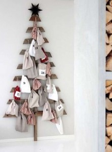 12 Ideas to design a Christmas tree ​​with pallets 3