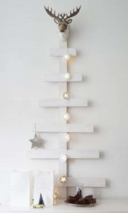 12 Ideas to design a Christmas tree ​​with pallets 6