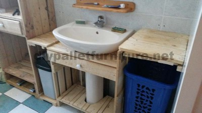 Bathroom furniture made ​​entirely from pallets 3