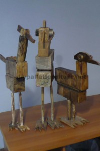Bird sculptures made ​​with pallet blocks and planks 1