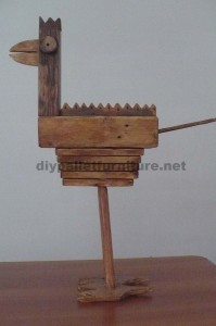 Bird sculptures made ​​with pallet blocks and planks 4
