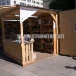 """Kiosks and structures made of pallets for """"la Setmana del Llibre en Català"""""""