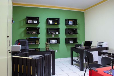 Office furnished with pallets and fruit boxes 2