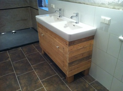 Sink cabinet and mirror made ​​with pallets 6