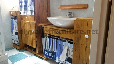 10 great ideas to decorate your bathroom with pallets 6