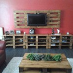 10 magnificent living rooms decorated with pallet furniture