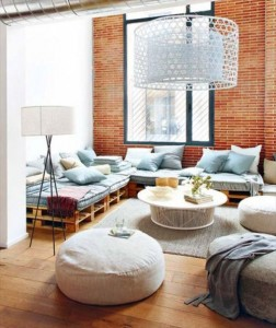 10 magnificent living rooms decorated with pallets 6