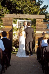 13 wedding decoration ideas using the pallets 6