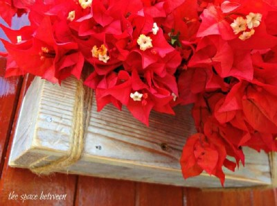 Build a Christmas wreath with pallets 7