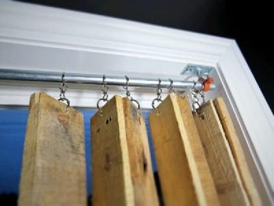 Build a nice pallet blind 3