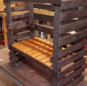 Fantastic bathroom sink made of pallets 7