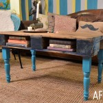 How to transform a pallet into a hipster table for the living room