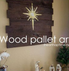 Instructions of how to make a christmas wooden mural with pallets 1