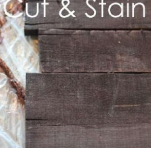 Instructions of how to make a christmas wooden mural with pallets 5
