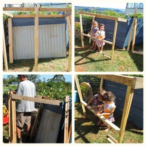 Little shop for your children to play built with pallets 3