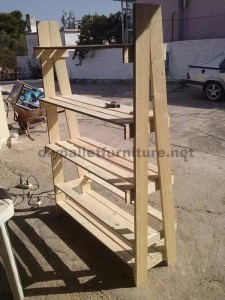 Shelf made ​​with pallets step by step  3