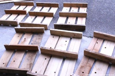 Step and step instructions to build a modular pallet bookcase 5