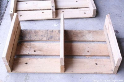 Step and step instructions to build a modular pallet bookcase 8