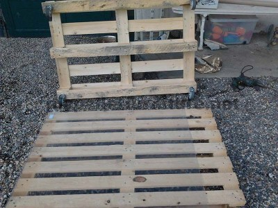 Step by step instructions to build a lounge room table with pallets 3