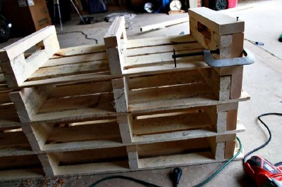 Step by step instructions to build a shoerack using pallets 15